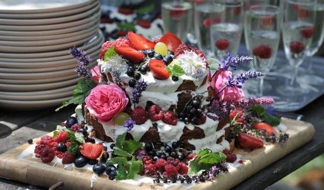 tort z jurajskich biskupic